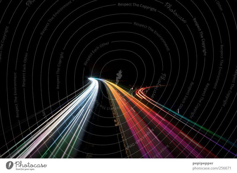 highspeed Verkehr Personenverkehr Öffentlicher Personennahverkehr Straßenverkehr Autofahren Autobahn Fahrzeug PKW Lastwagen Streifen Bewegung leuchten
