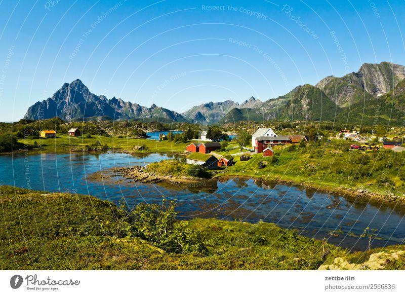 Vågakallen, weiter rechts Himmel Natur Ferien & Urlaub & Reisen Himmel (Jenseits) Wasser Landschaft Meer Wolken Reisefotografie Textfreiraum Felsen Horizont