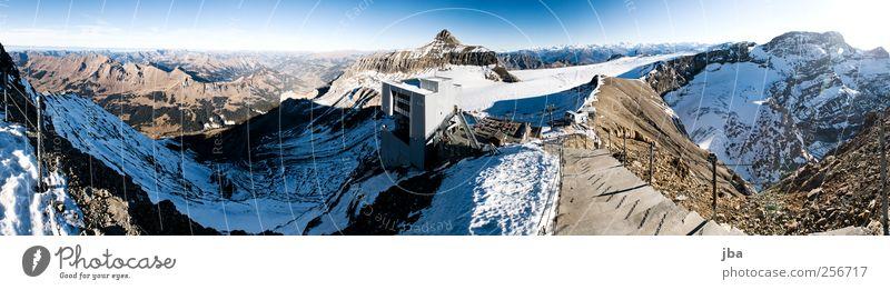Glacier 3000 180° Natur alt Winter Schnee Berge u. Gebirge Stein Felsen Fassade Treppe Ausflug Tourismus neu Dach Alpen Schönes Wetter Sehenswürdigkeit