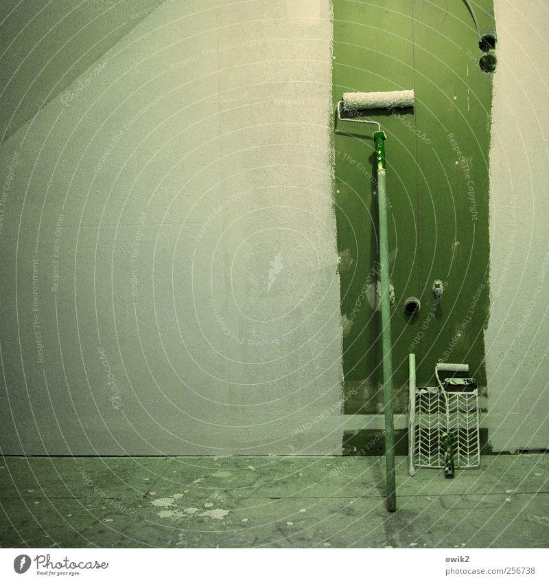 Von der Rolle weiß grün Wand Mauer Arbeit & Erwerbstätigkeit dreckig groß planen trist Pause Wandel & Veränderung Baustelle Technik & Technologie Dinge