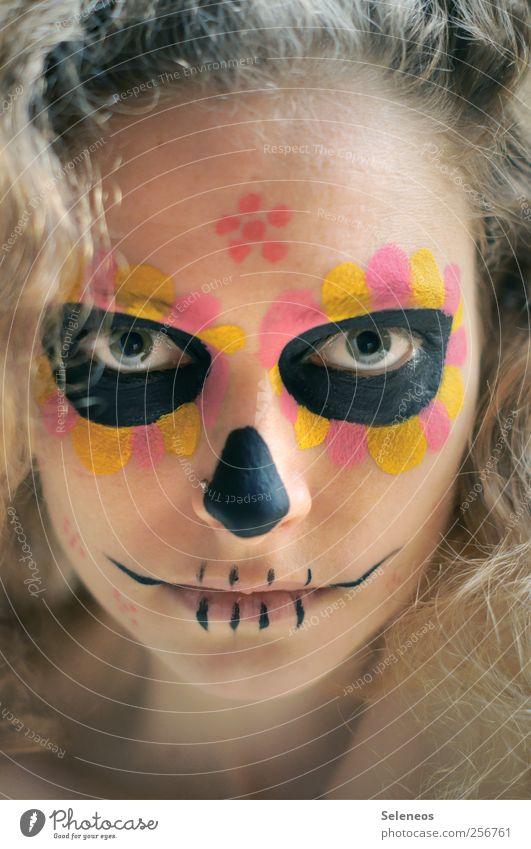 dios de los muertos III Mensch Jugendliche Gesicht Auge feminin Tod Haare & Frisuren blond Mund Haut Nase Lippen gruselig Kosmetik Locken Schminke