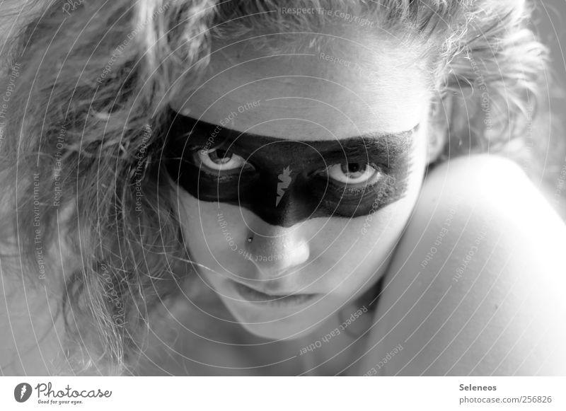 take a look Mensch Gesicht Auge feminin Kopf Haare & Frisuren Haut Mund Nase Lifestyle 18-30 Jahre Lippen Maske Junge Frau Locken Schminke