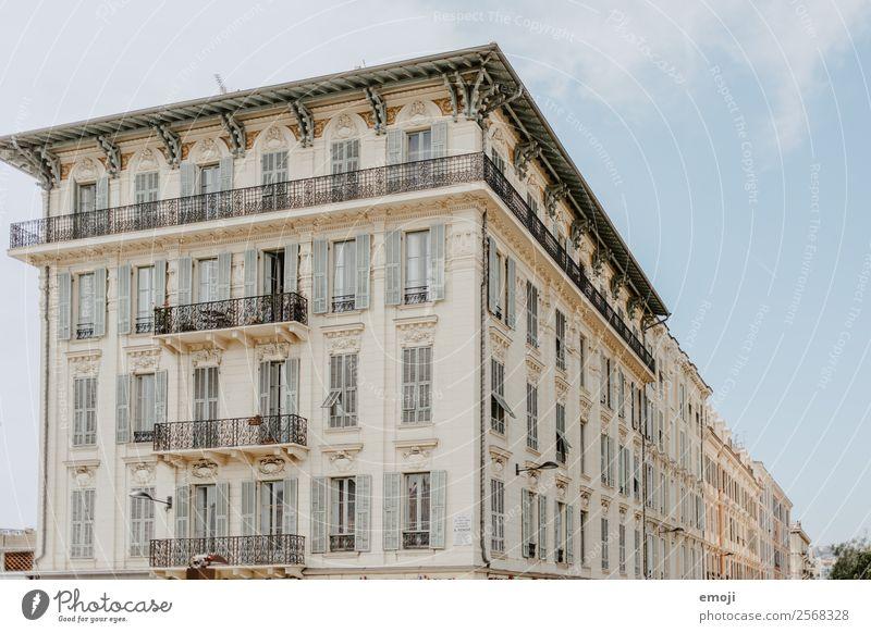 Nizza Stadt Haus Gebäude Architektur Fassade Fenster Ordnung Perspektive Politik & Staat Farbfoto Außenaufnahme Menschenleer Tag Totale