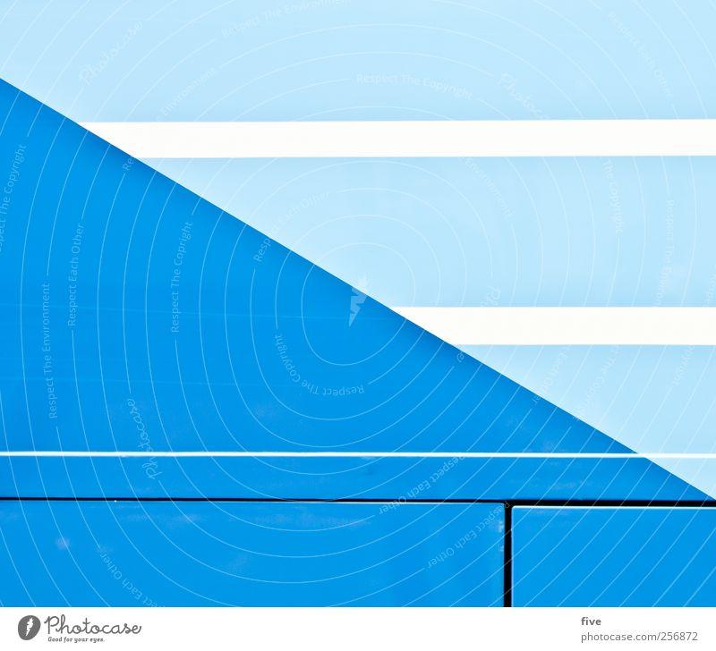 vienna Stadt Verkehrsmittel Personenverkehr Fahrzeug Bus Reisebus Sauberkeit blau weiß Wien Linie Strukturen & Formen Farbfoto Außenaufnahme Detailaufnahme