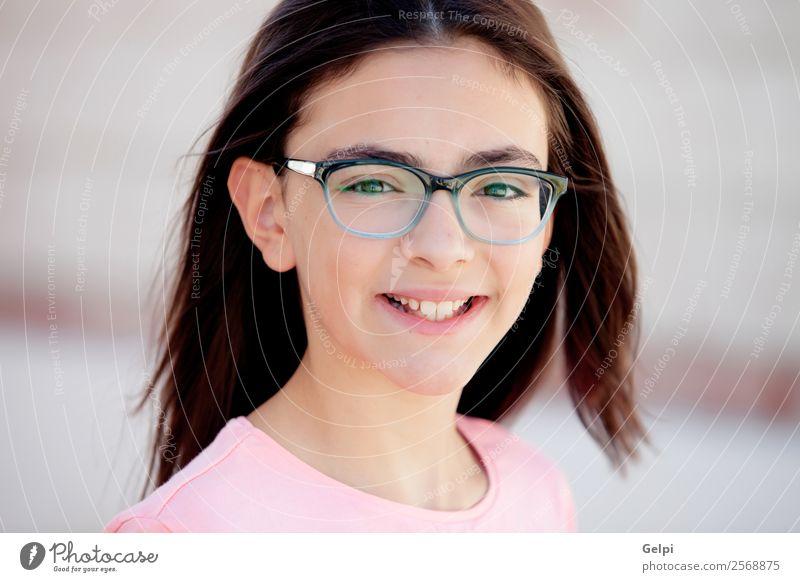 Bezauberndes Mädchen aus der Kindheit Lifestyle Freude Glück schön Gesicht Schulkind Mensch Frau Erwachsene Familie & Verwandtschaft genießen Fröhlichkeit klein