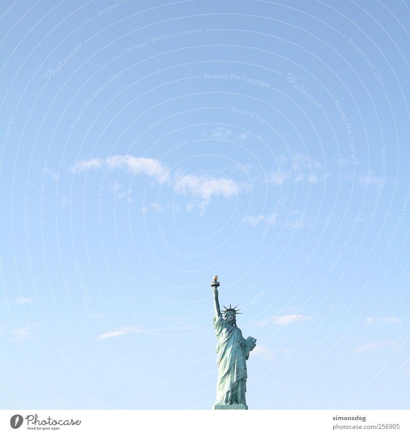 statue der freiheit Kunst Kunstwerk Skulptur Kultur beobachten Ferien & Urlaub & Reisen Bekanntheit eckig gigantisch Optimismus Willensstärke Macht Einigkeit