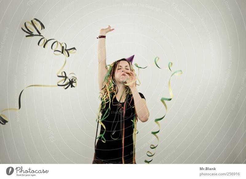 ringelnatz. Mensch Jugendliche Freude Erwachsene grau Glück Party Musik lustig Feste & Feiern Tanzen Fröhlichkeit Lifestyle einzigartig 18-30 Jahre