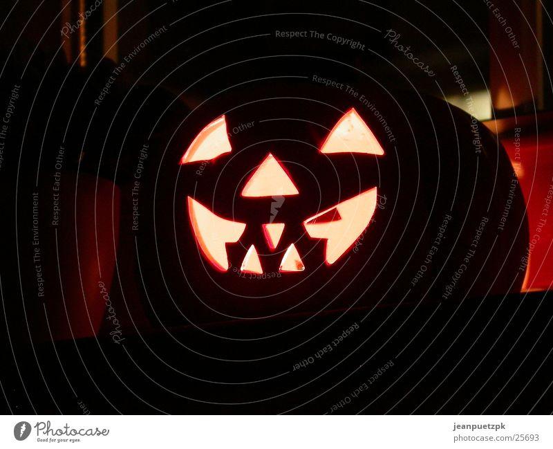 spätes Halloween Gesicht Lampe obskur Schrecken Kürbis