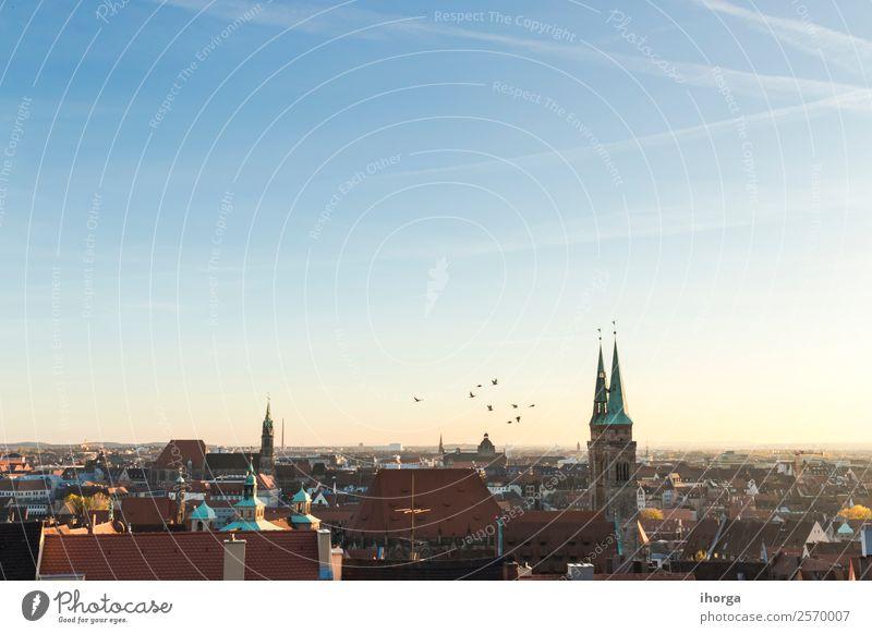 Stadtbild, Dächer von Nürnberg, Bayern, Deutschland, Ferien & Urlaub & Reisen Haus Kultur Landschaft Himmel Europa Kleinstadt Altstadt Skyline Gebäude