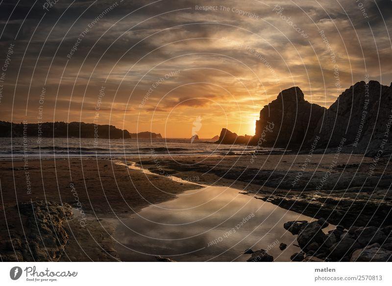 Abend Himmel Sommer blau Wasser Landschaft Meer Wolken ruhig Strand dunkel Küste orange braun grau Sand Felsen