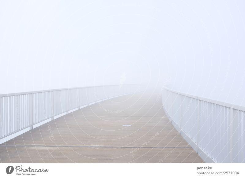 grenzüberschreitung | jenseits Herbst Klima Wetter Nebel weiß Brücke Brückengeländer Grenzüberschreitung ungewiss Ungewisse Zukunft blind Himmel (Jenseits)