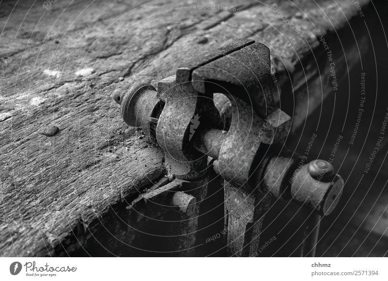 Schraubstock schraubstock Metall Handwerk Werkzeug Stahl historisch alt Patina Werkbank Werkstatt Nahaufnahme Rost klemmen verwittert