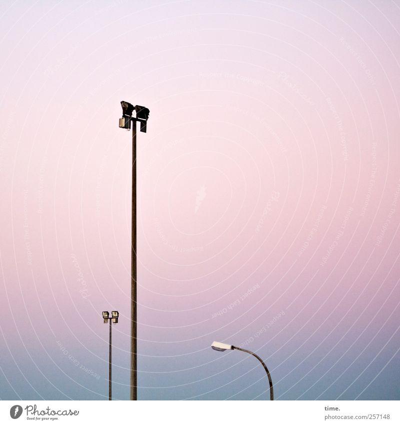 Das Kapital, die Armut und der Volksvertreter Einsamkeit Ordnung Macht Konzentration Straßenbeleuchtung Kontrolle Konkurrenz komplex Industrieanlage
