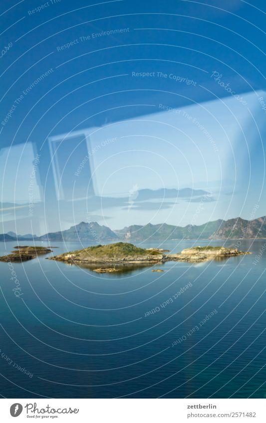 Im Bus auf der E10 Polarmeer Europa Felsen Ferien & Urlaub & Reisen Fjord Himmel Himmel (Jenseits) Horizont Insel Küste Landschaft Lofoten maritim Meer