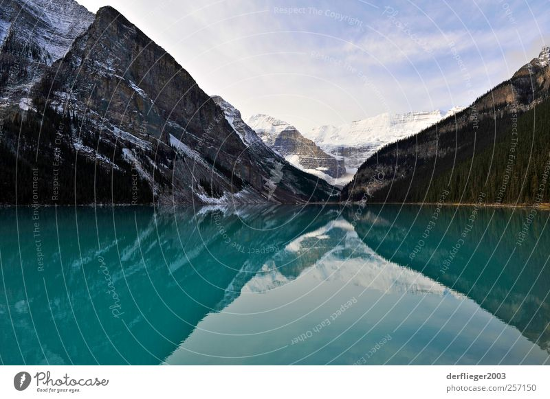 Lake Louise, Alberta, Kanada Ferien & Urlaub & Reisen Tourismus Abenteuer Berge u. Gebirge Natur Landschaft Wolken Herbst Seeufer Lake Luise Farbfoto