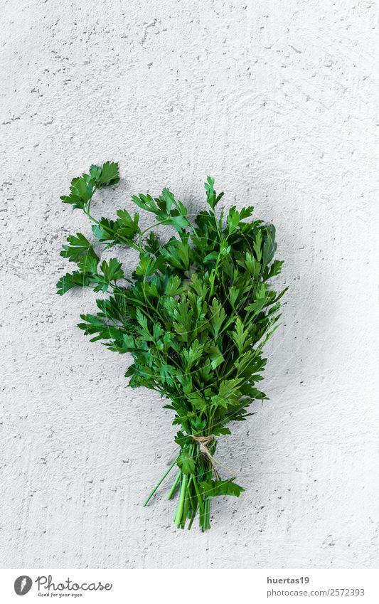 Aromatische Kräuter. Flache Verlegung Lebensmittel Gemüse Kräuter & Gewürze Garten Kunst Pflanze frisch natürlich oben grün Küchenkräuter Aromastoffe