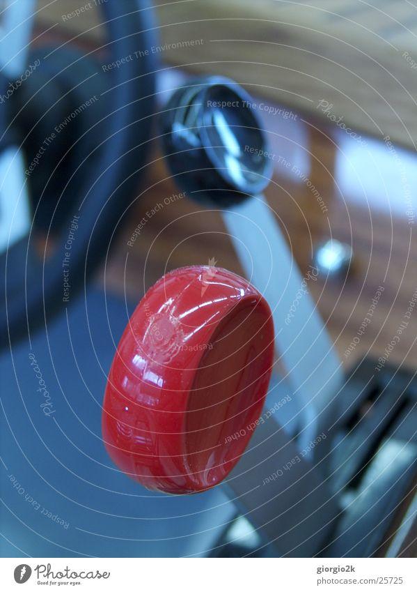 Schiff ahoi II Meer rot schwarz See Wasserfahrzeug Geschwindigkeit Schifffahrt Kahn Hebel