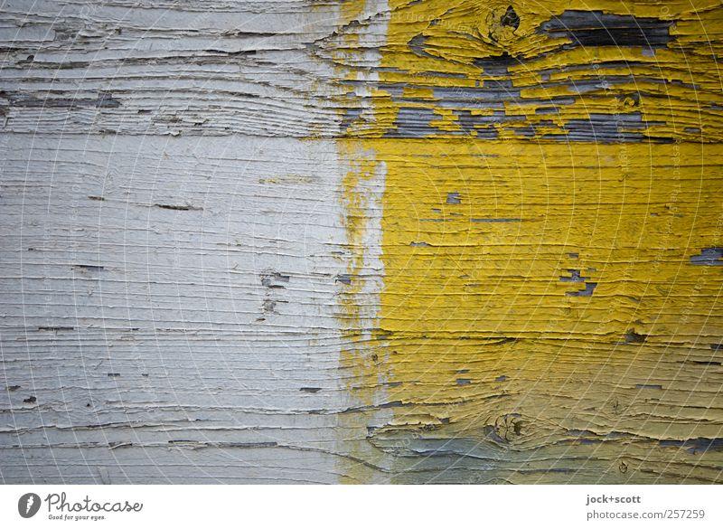 Zwischen den Jahren Dekoration & Verzierung Holz Streifen einfach gelb weiß abgeplatzt nebeneinander überdeckt Straßenkunst Maserung Lack verwittert