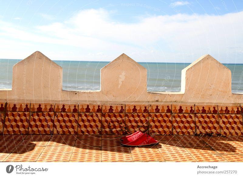 Reise Landschaft Luft Wasser Himmel Wolken Sonne Sonnenlicht Sommer Klima Schönes Wetter Wärme Wellen Küste Meer Haus Gebäude Architektur Mauer Wand Fassade