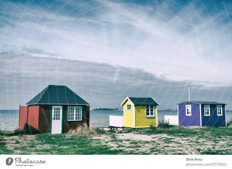 Strandhäuser auf der dänischen Insel Ærø Ferien & Urlaub & Reisen Tourismus Ausflug Ferne Freiheit Sommerurlaub Meer Wellen Haus Landschaft Wolken Horizont