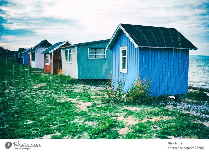 Strandhäuser auf der dänischen Insel Ærø Ferien & Urlaub & Reisen Tourismus Ausflug Ferne Freiheit Sommerurlaub Sonne Meer Natur Landschaft Wolken Küste Ostsee