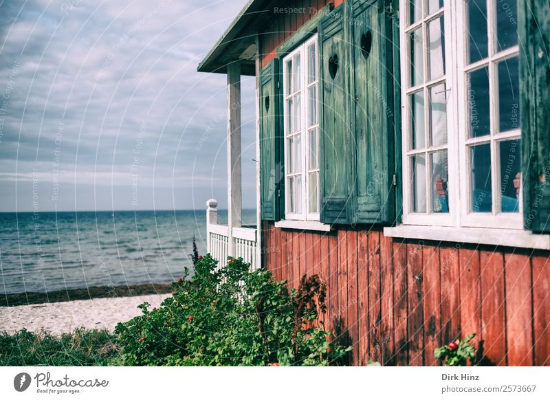 Strandhaus auf der dänischen Insel Ærø Ferien & Urlaub & Reisen Tourismus Ausflug Ferne Freiheit Sommerurlaub Sonnenbad Meer Wellen Natur Landschaft Wolken
