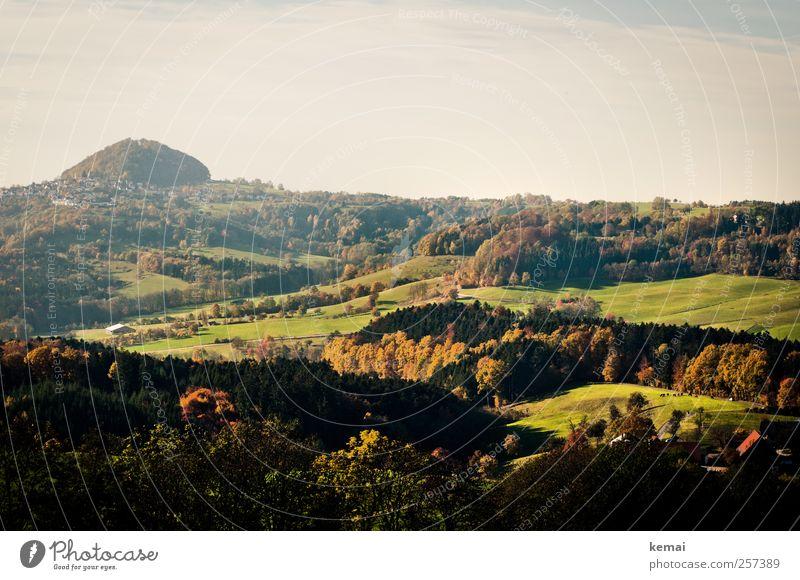 Barbarossas Heimat Umwelt Natur Landschaft Pflanze Himmel Horizont Sonnenlicht Herbst Schönes Wetter Baum Grünpflanze Wiese Feld Wald Hügel Berge u. Gebirge