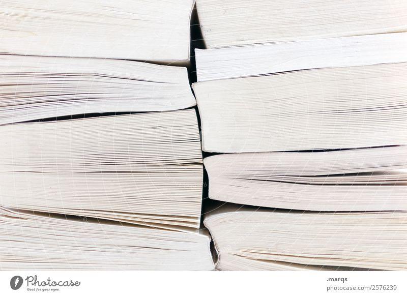 Bücherstapel Freizeit & Hobby Bildung Wissenschaften Schule lernen Berufsausbildung Studium Buch Buchseite lesen hell Weisheit lebenslanges lernen Farbfoto