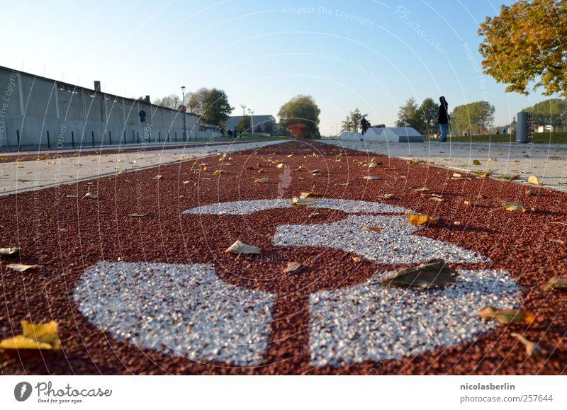 Auch von mir, guten Start allerseits!! weiß Stadt Freude Blatt Herbst Sport Kraft Freizeit & Hobby laufen groß Platz 3 Design Geschwindigkeit Erfolg