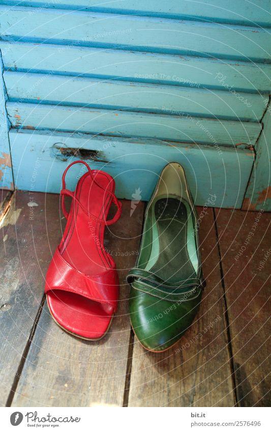 Verkehrte Welt l wer hat an den Schuhen gedreht??... Lifestyle kaufen Stil Nachtleben Party Veranstaltung Feste & Feiern clubbing Tanzen Karneval Damenschuhe