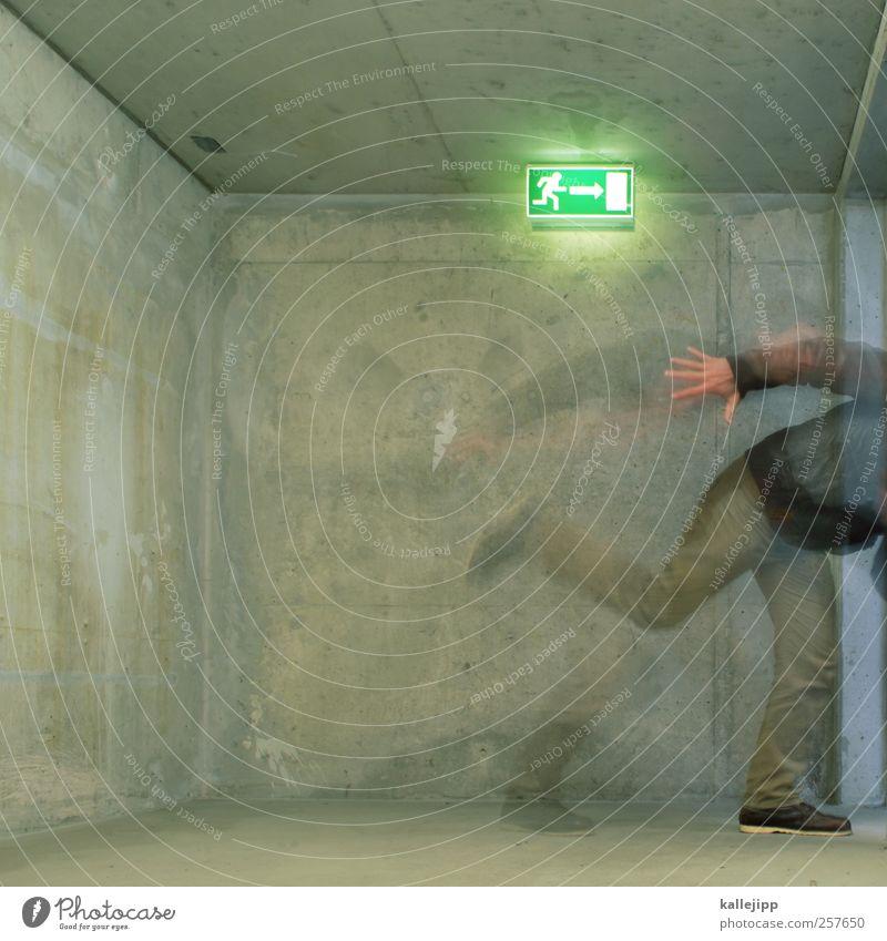 work Mensch Wand Bewegung Mauer Lampe gehen Beton rennen Geschwindigkeit bedrohlich Symbole & Metaphern Zeichen Treppenhaus Ausgang Piktogramm Notausgang