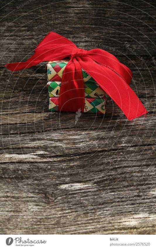 Junk l und heute schon Müll?! Häusliches Leben Feste & Feiern Weihnachten & Advent Dekoration & Verzierung Schleife Kitsch Krimskrams Holz Zeichen braun