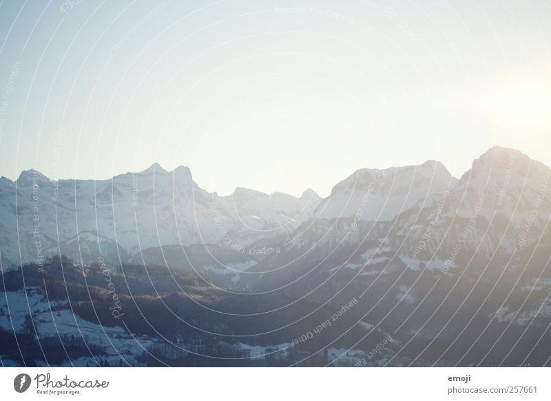 Heidiland Himmel Wolkenloser Himmel Sonne Winter Klima Klimawandel Schönes Wetter Schnee Alpen Berge u. Gebirge Gipfel Schneebedeckte Gipfel kalt blau Farbfoto