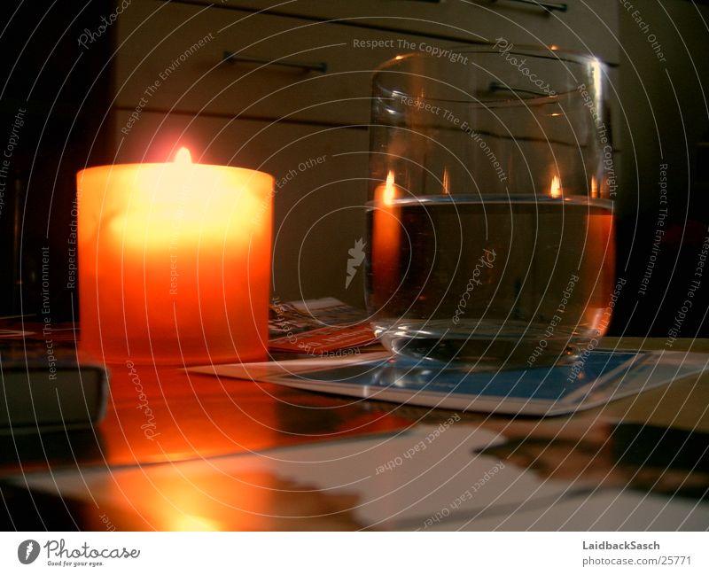 """""""candle light dinner"""" Wasser Glas Brand Tisch Kerze Häusliches Leben Flamme"""