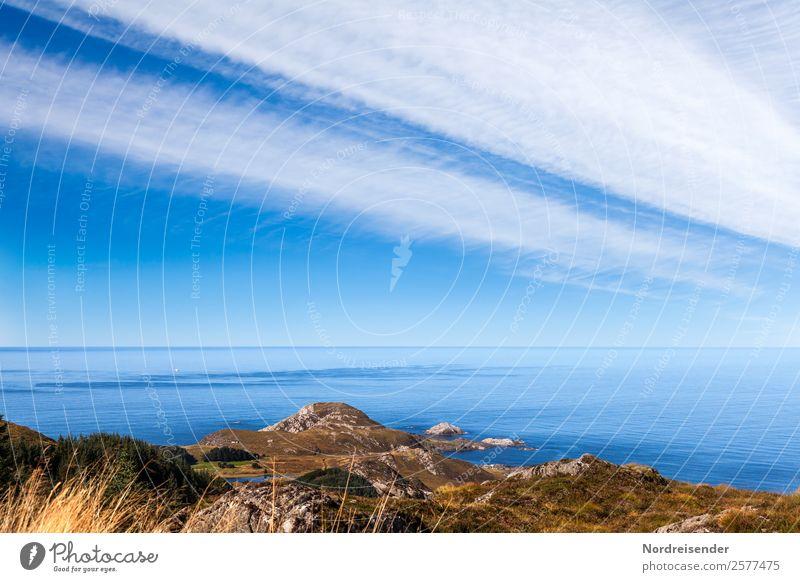 Norwegens Westküste am Atlantik Himmel Natur Ferien & Urlaub & Reisen Sommer Wasser Landschaft Meer Erholung Wolken Ferne Berge u. Gebirge Küste Gras Tourismus