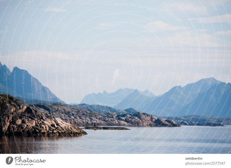 Kabelvåg again Polarmeer Europa Felsen Ferien & Urlaub & Reisen Fjord Himmel Himmel (Jenseits) Horizont Insel Landschaft Lofoten maritim Meer Natur nordisch