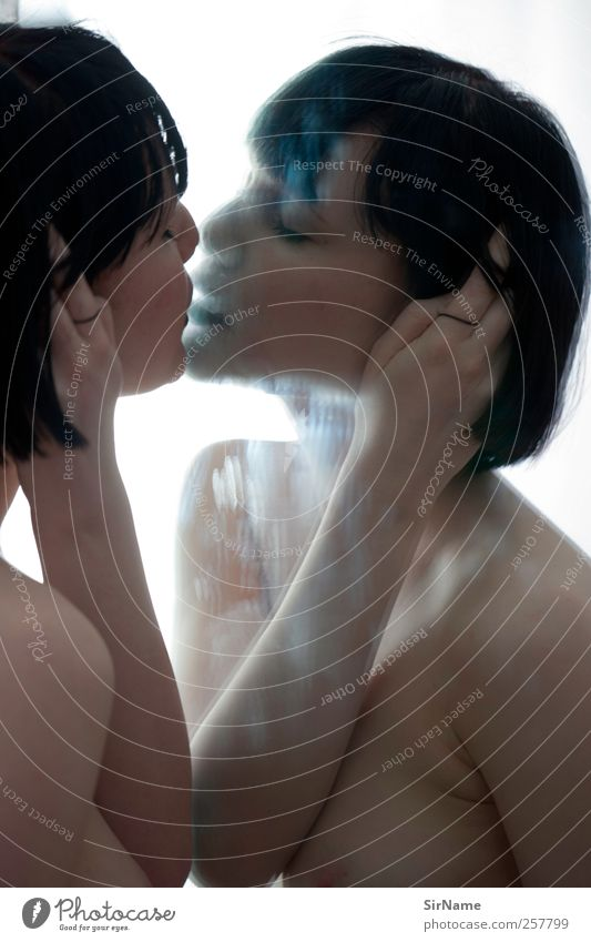 183 [surface] Mensch Jugendliche schön Erwachsene Liebe feminin Erotik nackt Gefühle Sex Akt ästhetisch 18-30 Jahre Junge Frau Model Spiegel