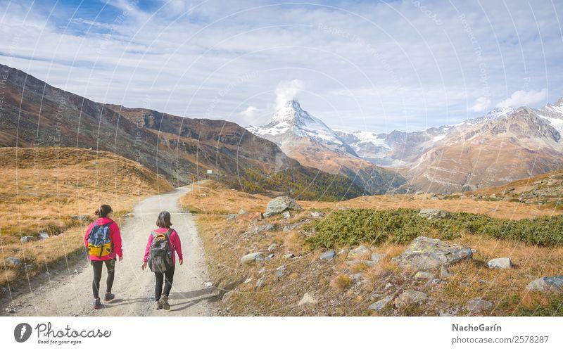 Wandern in den Schweizer Alpen, Schweiz Ferien & Urlaub & Reisen Tourismus Ausflug Abenteuer Freiheit Winter Schnee Winterurlaub Berge u. Gebirge wandern Mensch