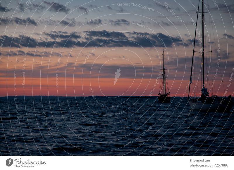 Abendrot - Seemanns Not Himmel Natur rot Ferien & Urlaub & Reisen Meer Sommer Wolken schwarz dunkel Stimmung Wellen Horizont Wind gold warten Beginn
