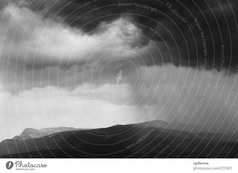 Nach dem Regen Natur schön Wolken ruhig dunkel Umwelt Landschaft Berge u. Gebirge Wege & Pfade Horizont Zeit Wind Abenteuer ästhetisch Klima