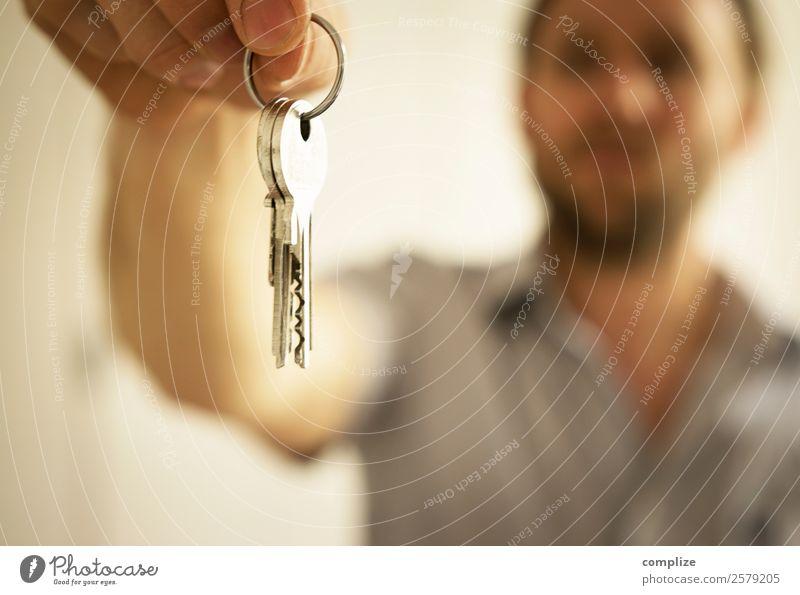 Wohnungsschlüssel Reichtum Häusliches Leben Haus Traumhaus Hausbau Umzug (Wohnungswechsel) einrichten Innenarchitektur Arbeitsplatz Handel Baustelle Business