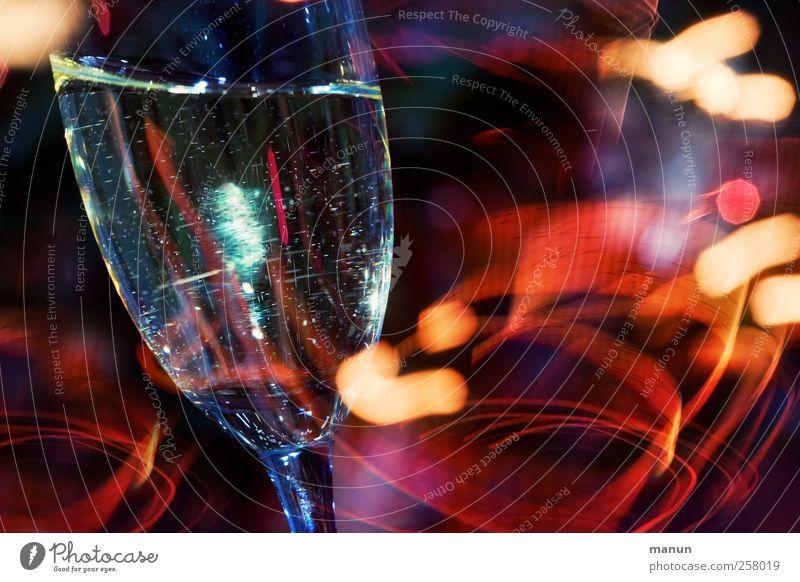 Prosit! Feste & Feiern Glas Geburtstag Getränk trinken Silvester u. Neujahr Bar lecker Alkohol Cocktail Jubiläum Sekt Erfrischungsgetränk Champagner Ereignisse Longdrink