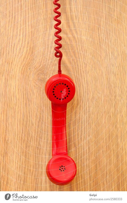 Altes rotes Telefon Büro Telekommunikation Business Holz Kunststoff Linie alt hören Kommunizieren Telefongespräch retro braun Farbe Kontakt erhängen Kabel