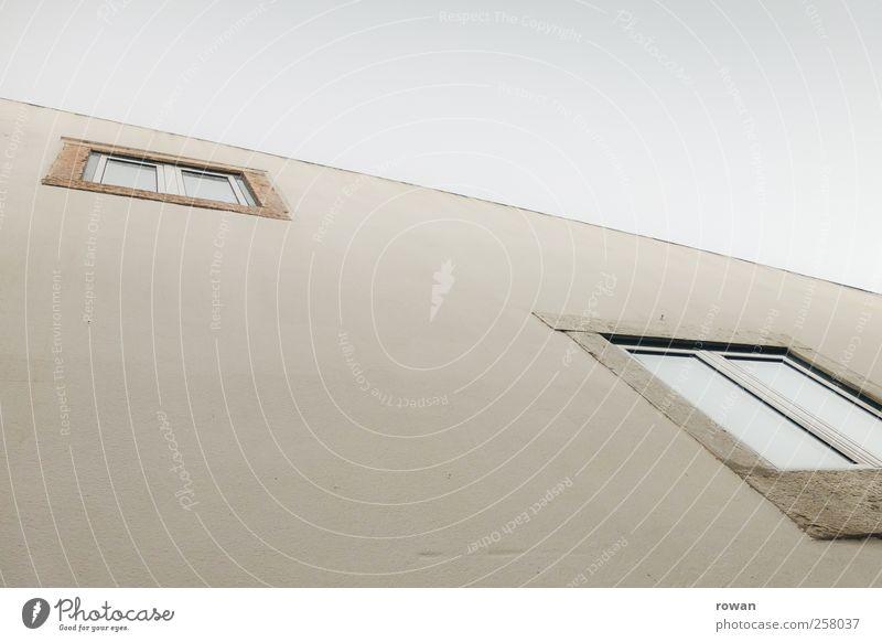 Fassade 3 Himmel weiß Haus Fenster Wand Architektur Gebäude Mauer Glas Häusliches Leben Bauwerk Portugal Einfamilienhaus