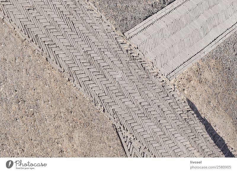 Überqueren von Pfaden - China Erholung Tourismus Kunst Landschaft Park Stadt Hauptstadt Burg oder Schloss Denkmal Wege & Pfade Stein Einsamkeit wüst Tarim