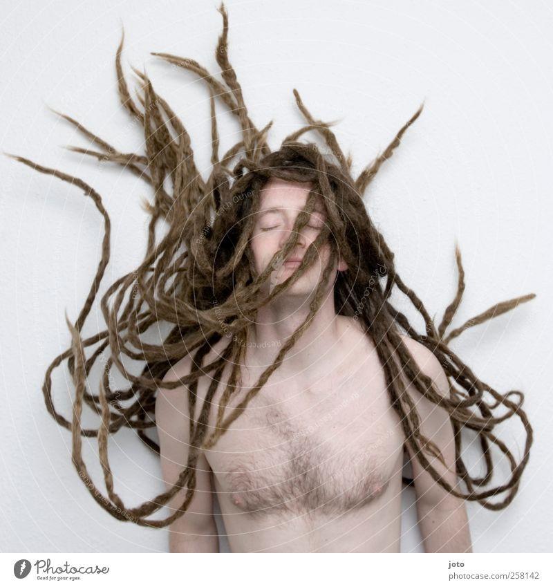 Medusa maskulin Junger Mann Jugendliche Haare & Frisuren langhaarig Rastalocken Wachstum ästhetisch Unendlichkeit trendy einzigartig rebellisch Macht geduldig