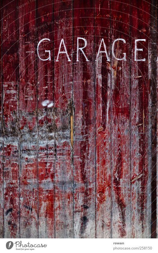 garage Bauwerk Mauer Wand Tür Umweltverschmutzung Stadt Verfall Vergangenheit Vergänglichkeit Wandel & Veränderung Garage Garagentor Tor Farbstoff abblättern