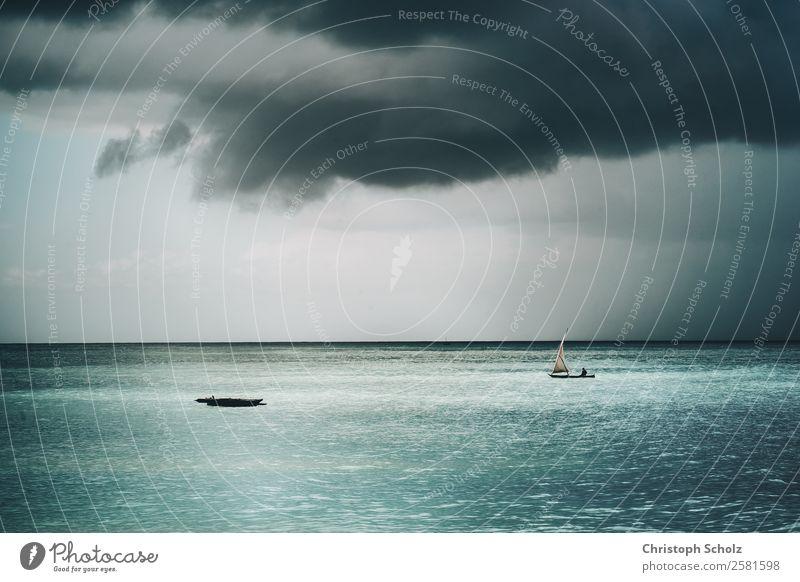 Natur Ferien & Urlaub & Reisen Sommer Wasser Meer Einsamkeit Wolken Strand Tourismus Schwimmen & Baden Stimmung Ausflug Regen Wetter Wellen Abenteuer