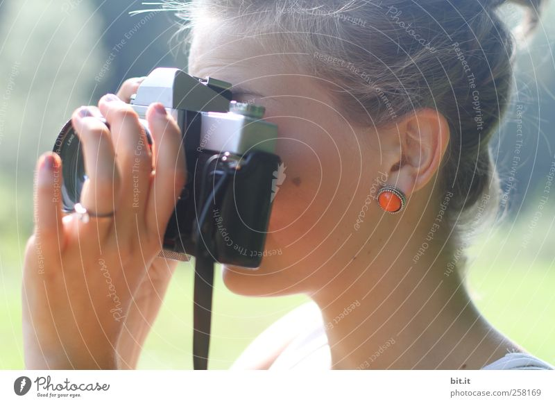 analoge Annäherung II Mensch Jugendliche alt Hand schön Erwachsene feminin Haare & Frisuren Kopf blond Freizeit & Hobby Fotografie Junge Frau lernen Bildung Ohr