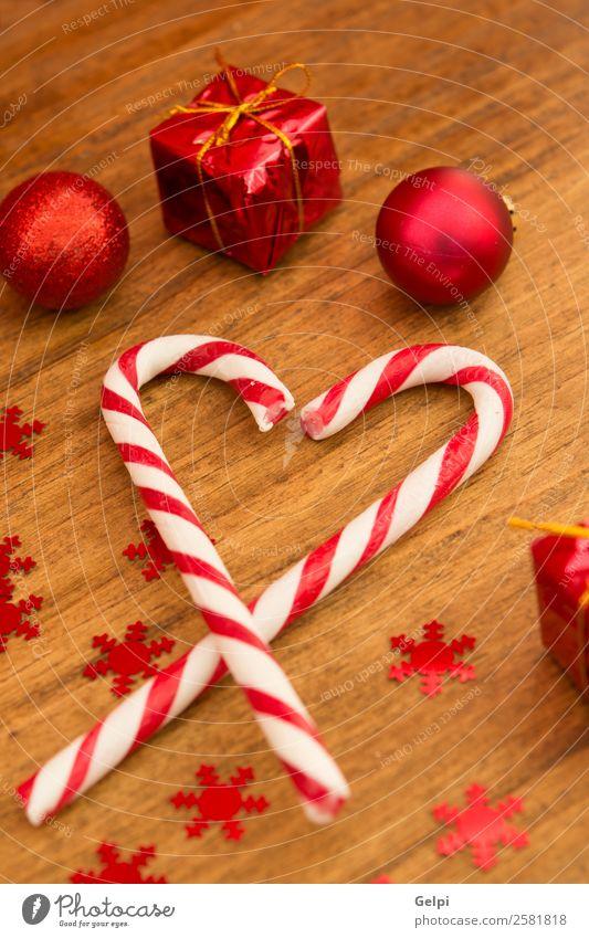 Weihnachtsdekoration Dessert Design Freude Glück Winter Dekoration & Verzierung Feste & Feiern Weihnachten & Advent Holz Ornament Streifen hell rot weiß Farbe